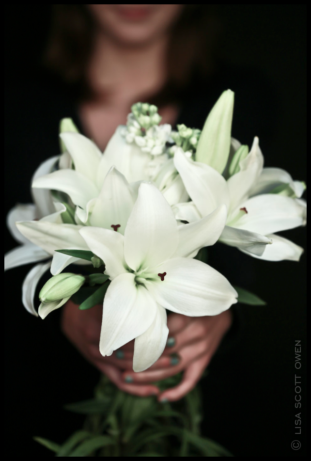 white lilies the mark lso - THE MARK WEDDING