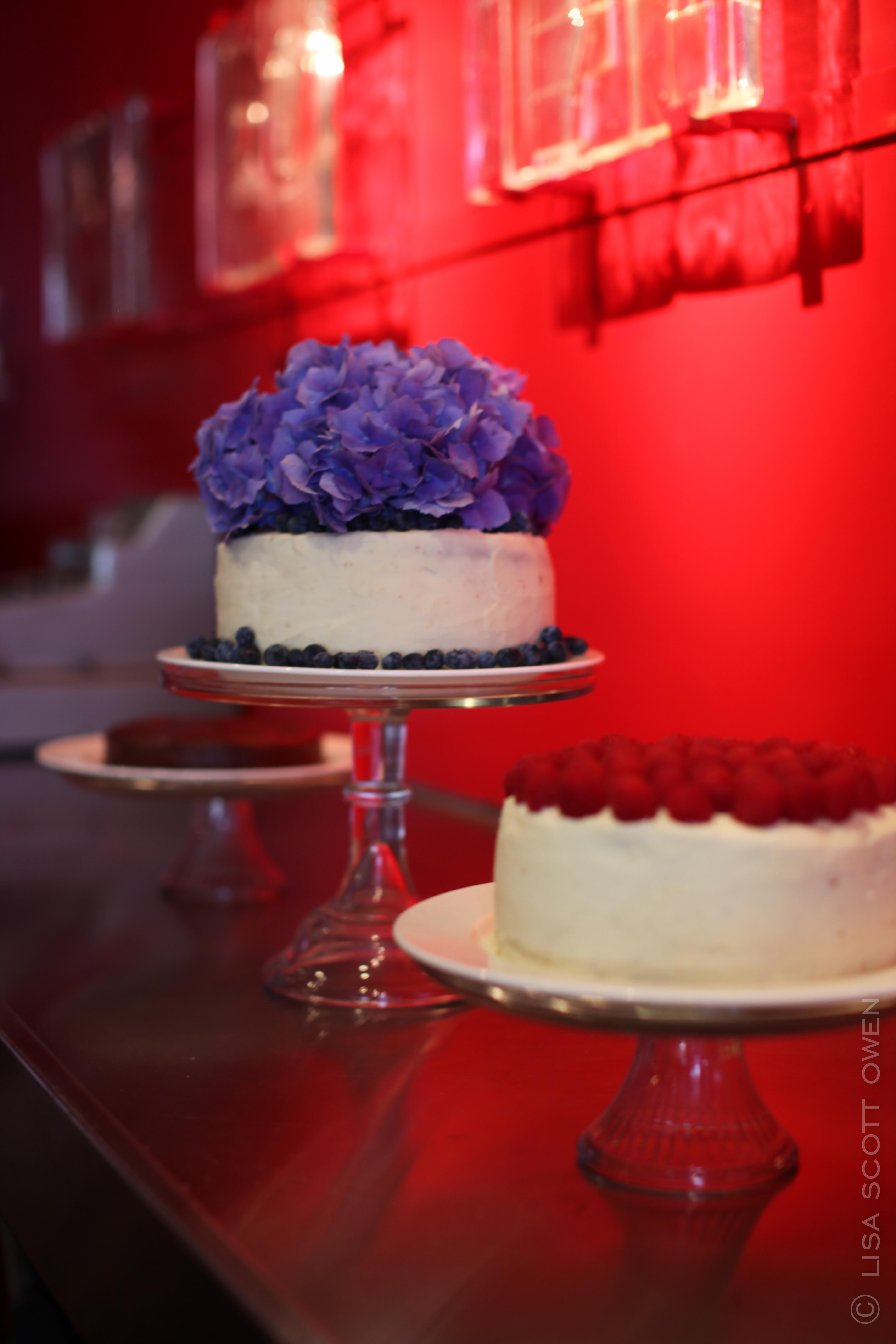 the mark wedding cakes c 2013 lisa scott owen-1-3